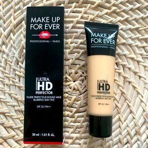 Makeup forever ultra HD blurring skin tint
